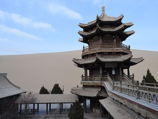 https://fr.topchinatravel.com/pic/ville/dunhuang/attractions/Dunhuang-ancient-city-03.jpg