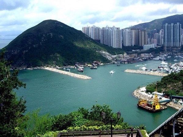 https://fr.topchinatravel.com/pic/ville/hongkong/attractions/Repulse-Bay-4.jpg