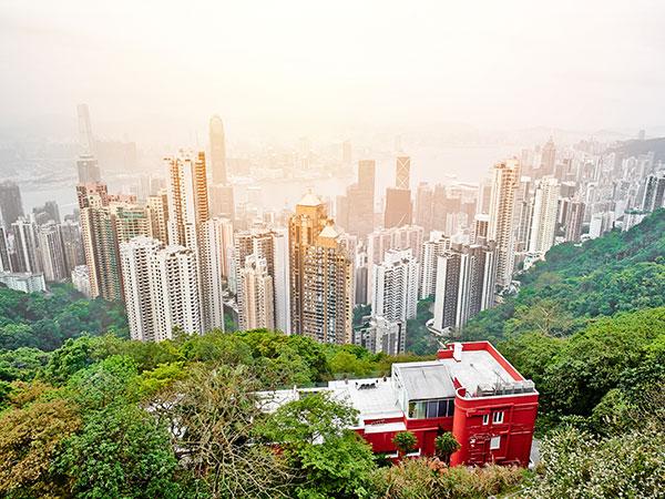 https://fr.topchinatravel.com/pic/ville/hongkong/attractions/Victoria-Peak-1.jpg