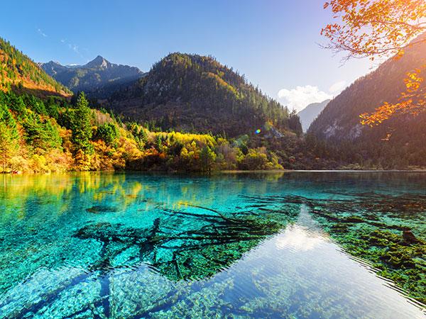 Circuit de 12 jours pour admirer le paysage de Jiuzhaigou et Zhangjiajie