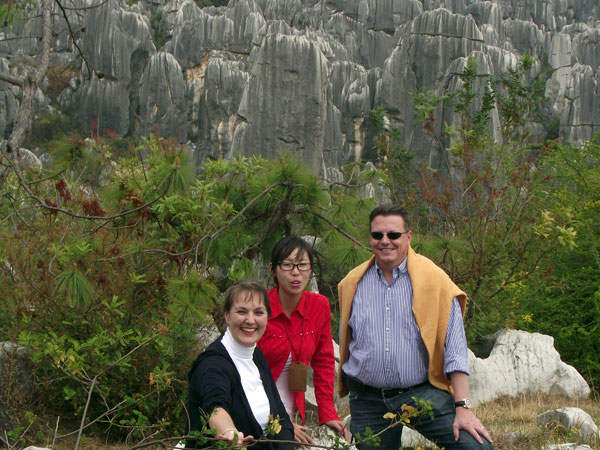 https://fr.topchinatravel.com/pic/ville/kunming/clients/tct-clients-stone-forest-02.jpg