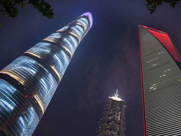 https://fr.topchinatravel.com/pic/ville/shanghai/attractions/shanghaitower03.jpg
