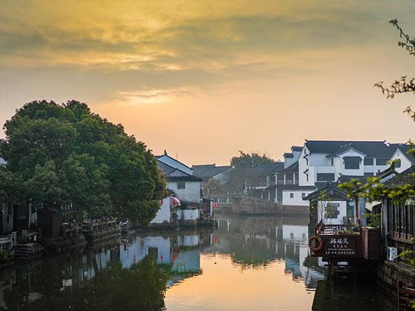 https://fr.topchinatravel.com/pic/ville/suzhou/acttractions/Tongli-Water-Town-6.jpg