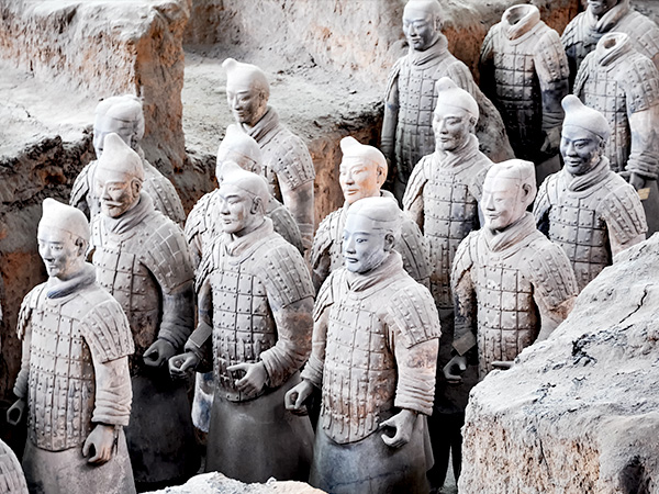https://fr.topchinatravel.com/pic/ville/xian/attractions/Qin-Terracotta-Army-1.JPG