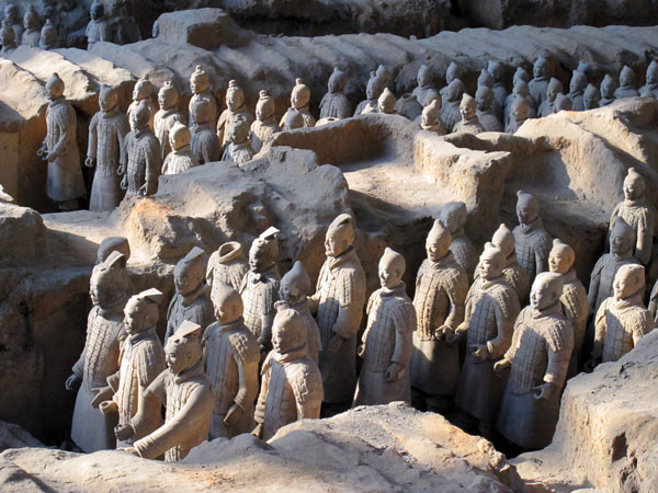 https://fr.topchinatravel.com/pic/ville/xian/attractions/qin-terracotta-army-12.jpg