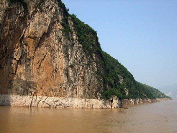 https://fr.topchinatravel.com/pic/ville/yangtze-river/attractions/qutang-gorge-2.jpg