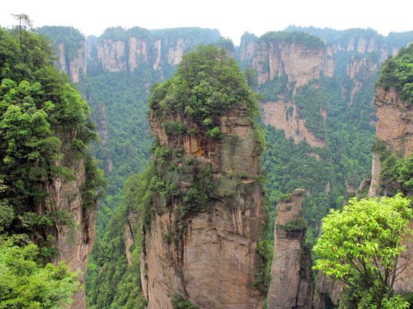 https://fr.topchinatravel.com/pic/ville/zhangjiajie/attractions/Yuanjiajie-Scenic-Area-10.jpg