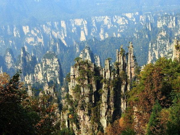 https://fr.topchinatravel.com/pic/ville/zhangjiajie/attractions/tianzi-mountain-13.jpg