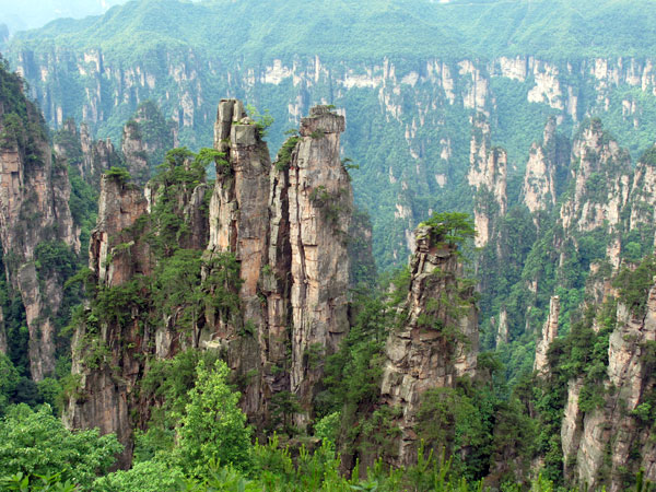 https://fr.topchinatravel.com/pic/ville/zhangjiajie/attractions/tianzi-mountain-4.jpg